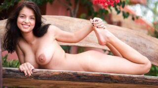 Gorgeous Busty Latina Inez Nude